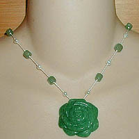 Green Aventurine Rose Necklace with Green Aventurine & Pearls